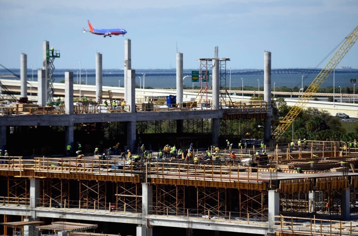 Tampa Airport);