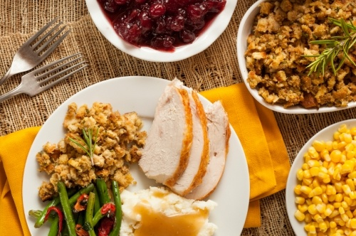 20 Easy Dishes to Make For Thanksgiving Potlucks at Work |Thanksgiving Food For Work