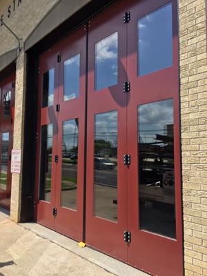 Baton_Rouge_Fire_Station_Doors