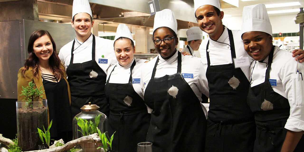 Design student Briana Ferraioli and students from Chef Delle Donne's Conscious Cuisine class