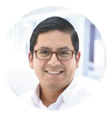 Daniel Vivar Latina