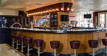 Deanies-French-Quarter_Restaurant-Bar