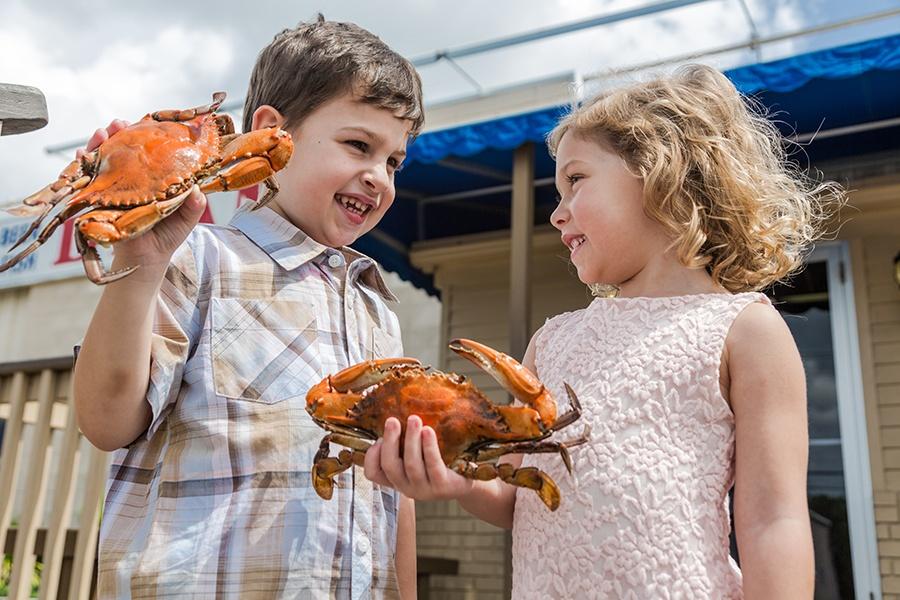 Deanies Summer Seafood Blue Crab Market New Orleans Bucktown Metairie