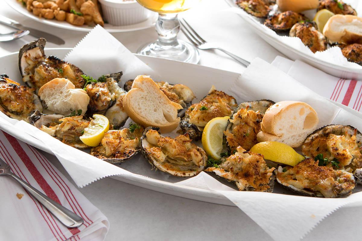 New Orleans Best Restaurants_best seafood restaurant_Deanies Seafood_New Orleans_Where Yat magazine_best of the big easy.jpg