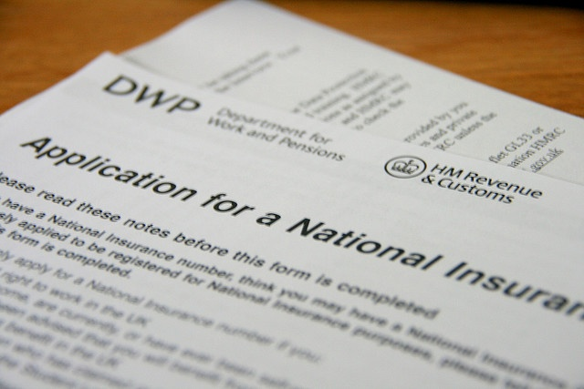 How to get a national insurance number in the uk.