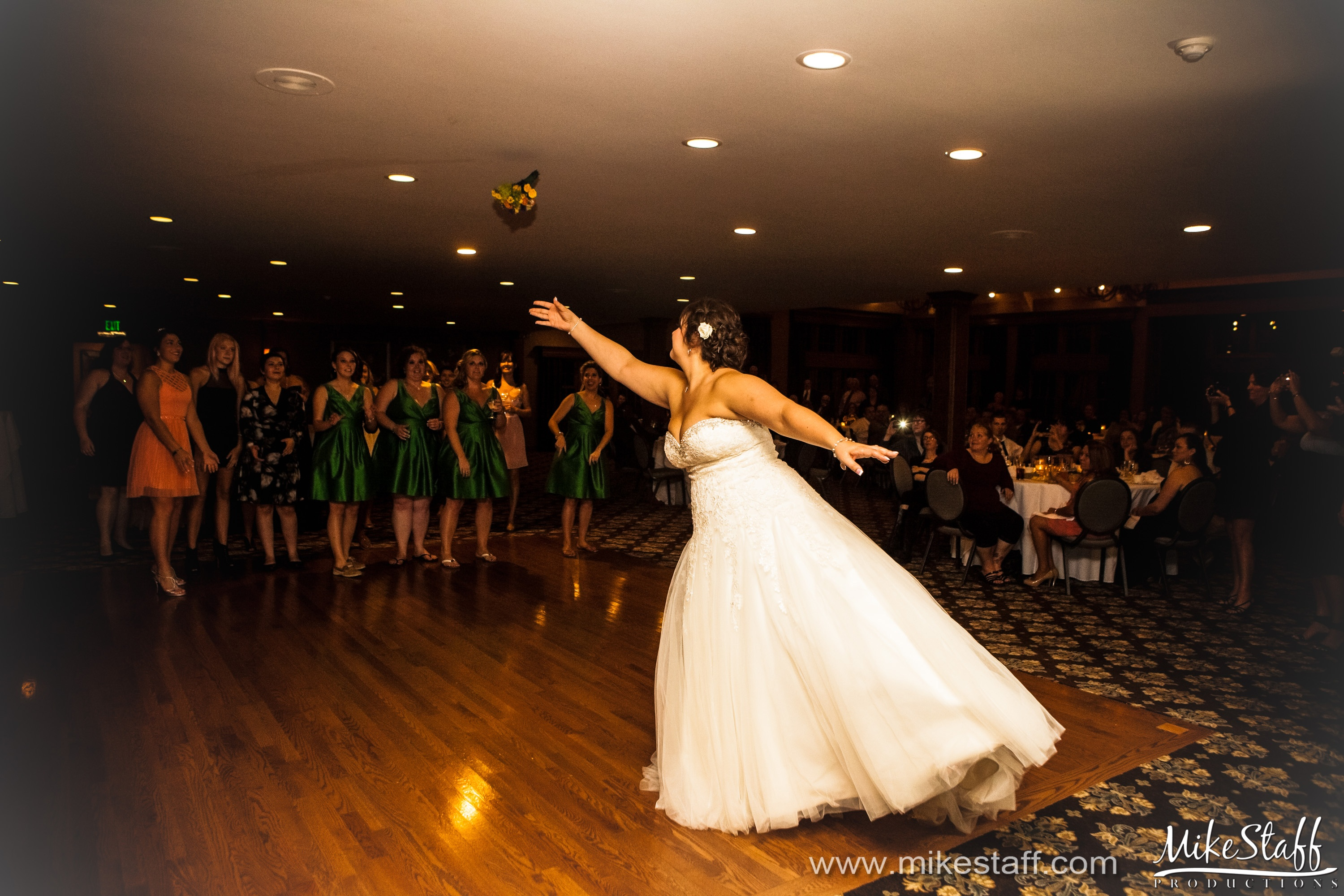 Thats Right Its Time For The Bouquet Toss One Of Those Traditions Just Downright Fun Your Guests To Watch With That Being Said