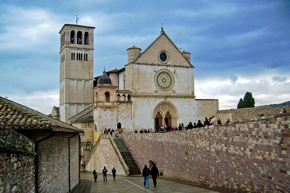A Pilgrim Prays by Walking