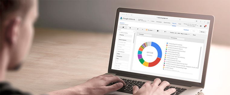Laptop-with-adwords-screenshot.jpg