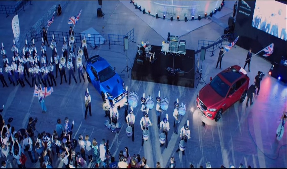 Jaguar SUV Musicdrome 5.jpg