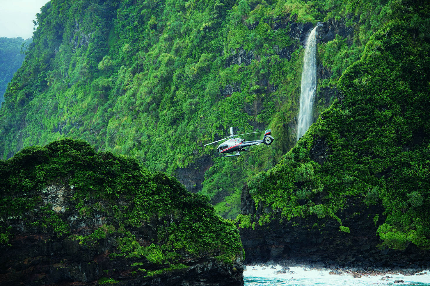 4 Stunning Waterfalls Seen Aboard Maverick Maui Tours