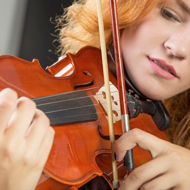 Left-Handed Violinist? What You Need to Know