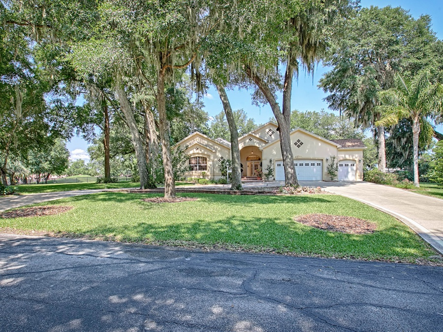 the villages 5 homes for sale in one of fl 39 s best places