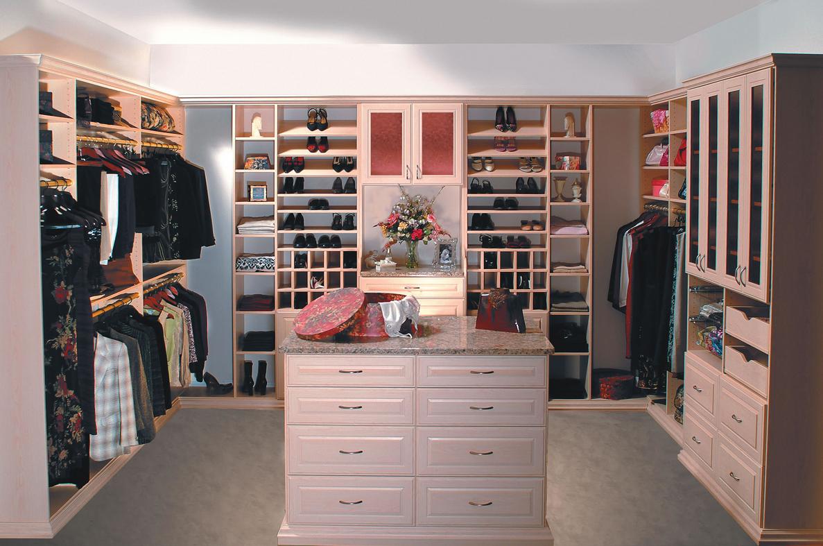 Professionally Built Custom Walk In Closet Design The