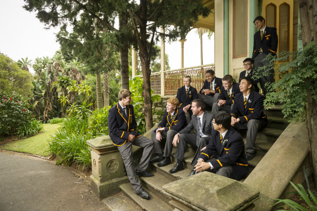 advantage of a boarding school Advantages and disadvantages of private boarding school - a school with long history has institutional experience in providing for the needs of its students.