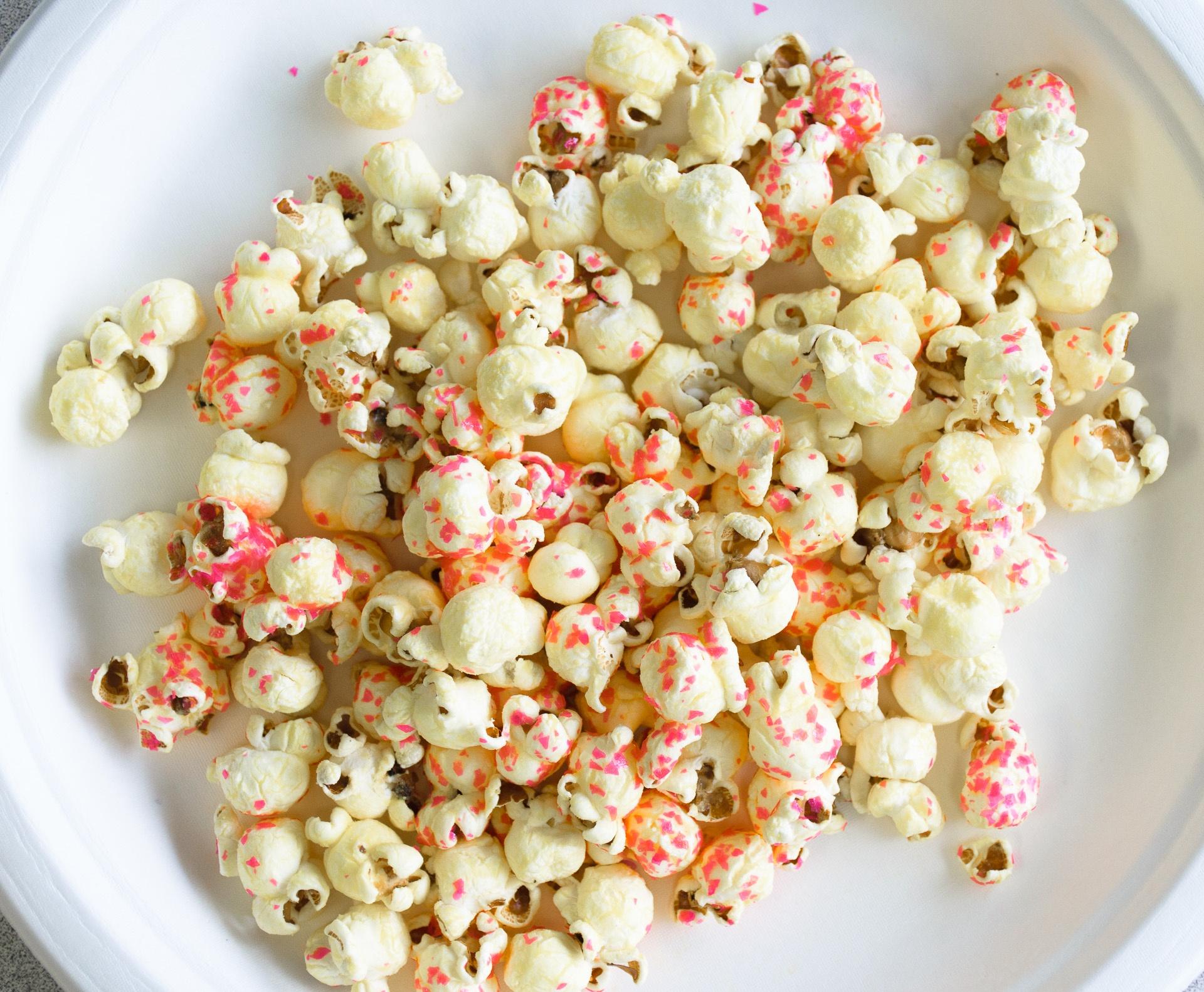 popcorn-w-pink-edible-glitter.jpg