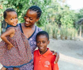 Debbie-Wibowo-CMMBHaiti-KelsiWilliamson-PRINT-373-320x270