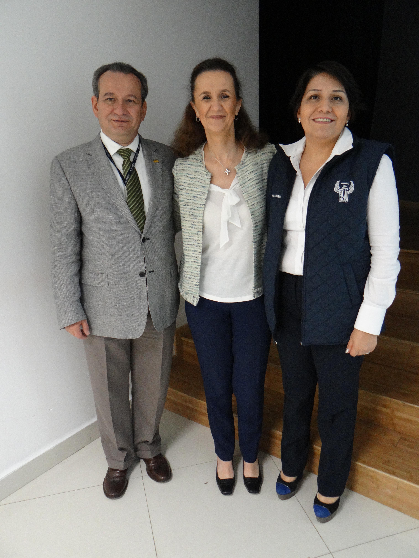 Rosario Busquets presente en el Congreso para Padres en Campus Sur