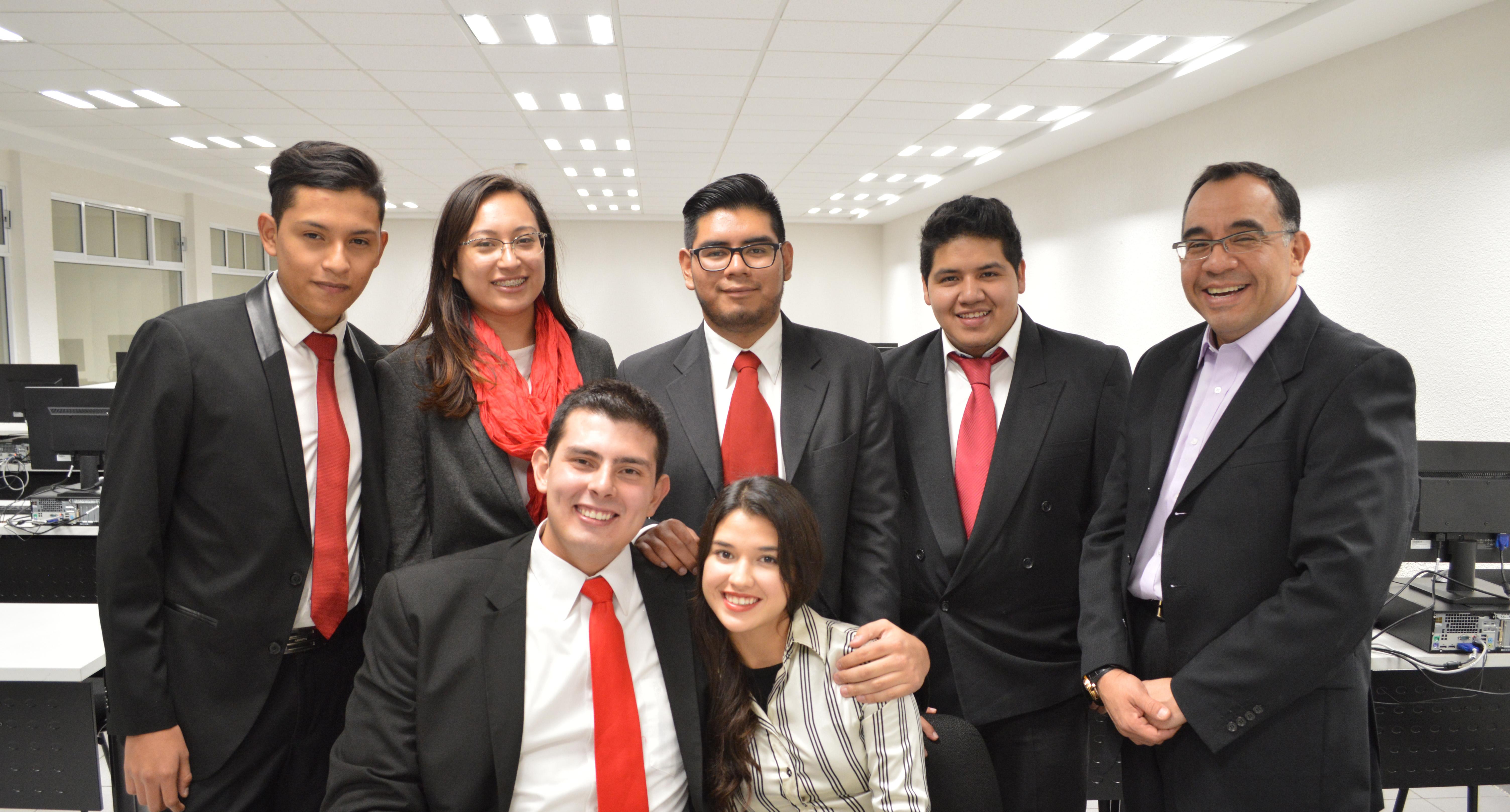Alumnos de la UNITEC Campus Sur ganan primer lugar en simulador de negocios