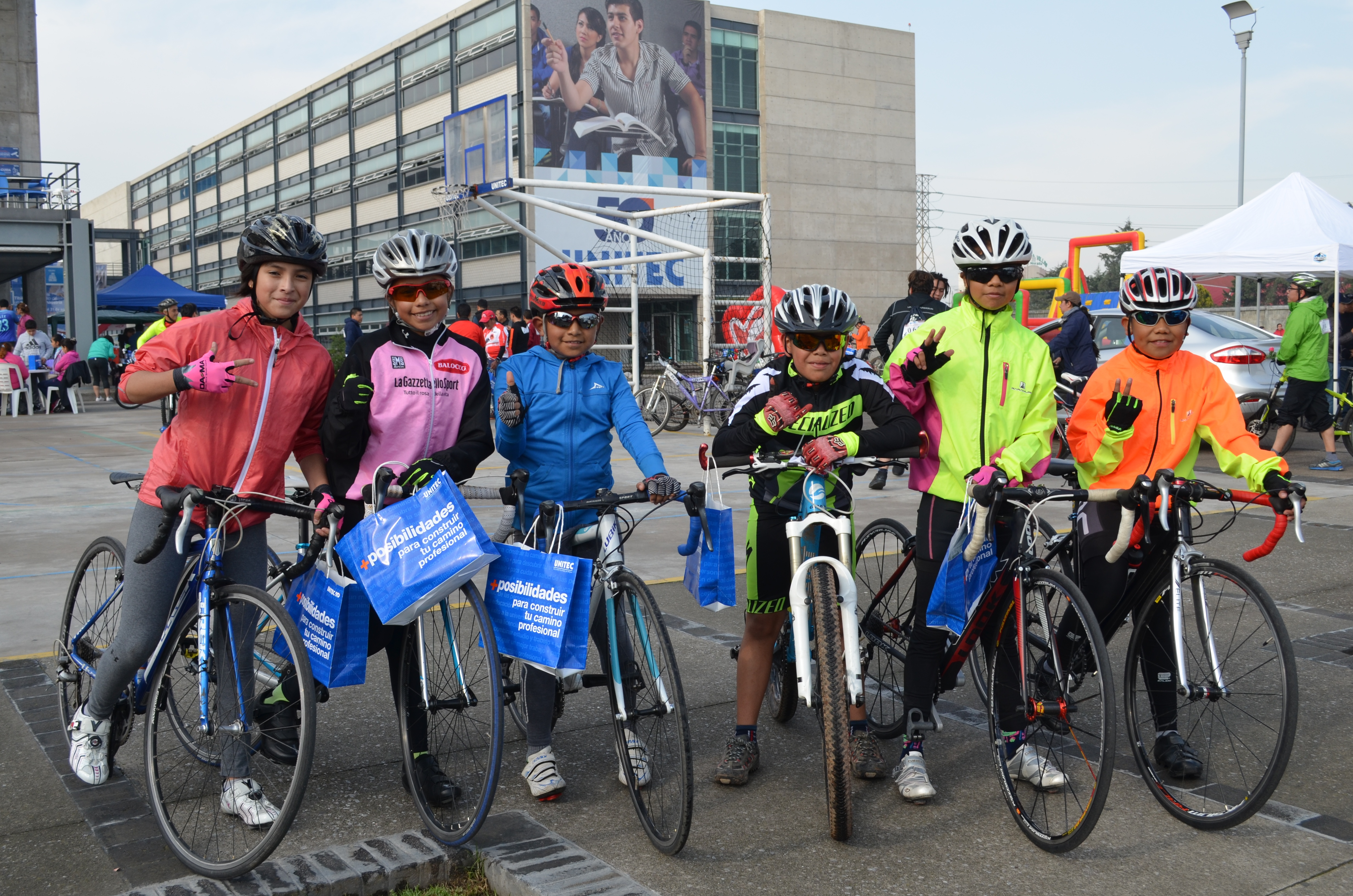 UNITEC Campus Toluca realiza su 3er Paseo Ciclista con éxito