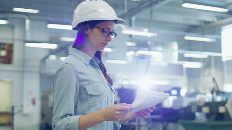 ¿Qué puedes hacer con un título en Ingeniería Industrial?