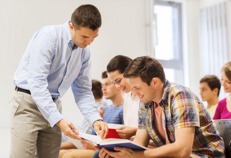 6 razones para estudiar una carrera universitaria