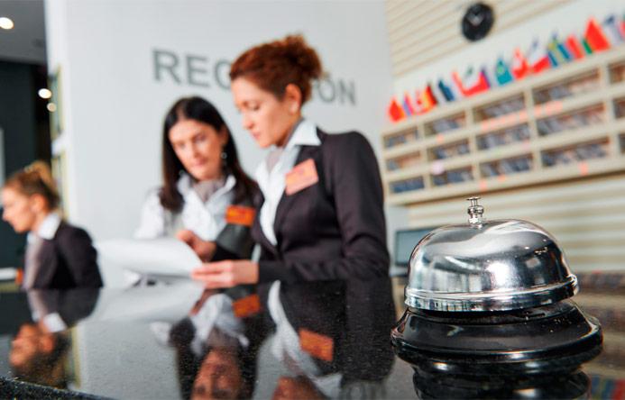 Quien estudia turismo… ¿solo trabaja en la recepción de un hotel?