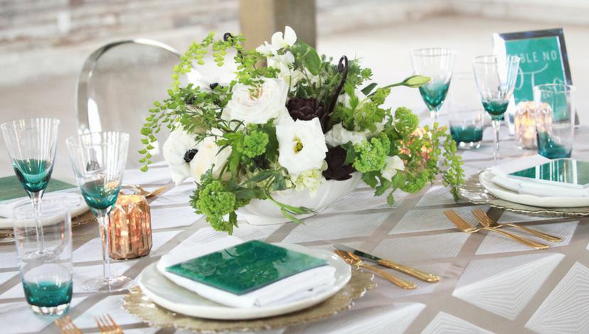 01_Emerald_Elegant_Banquet_Setting.png