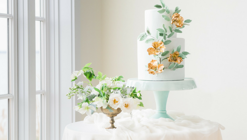 Intrigued Experience 2017 Cake Table | BBJ Linen
