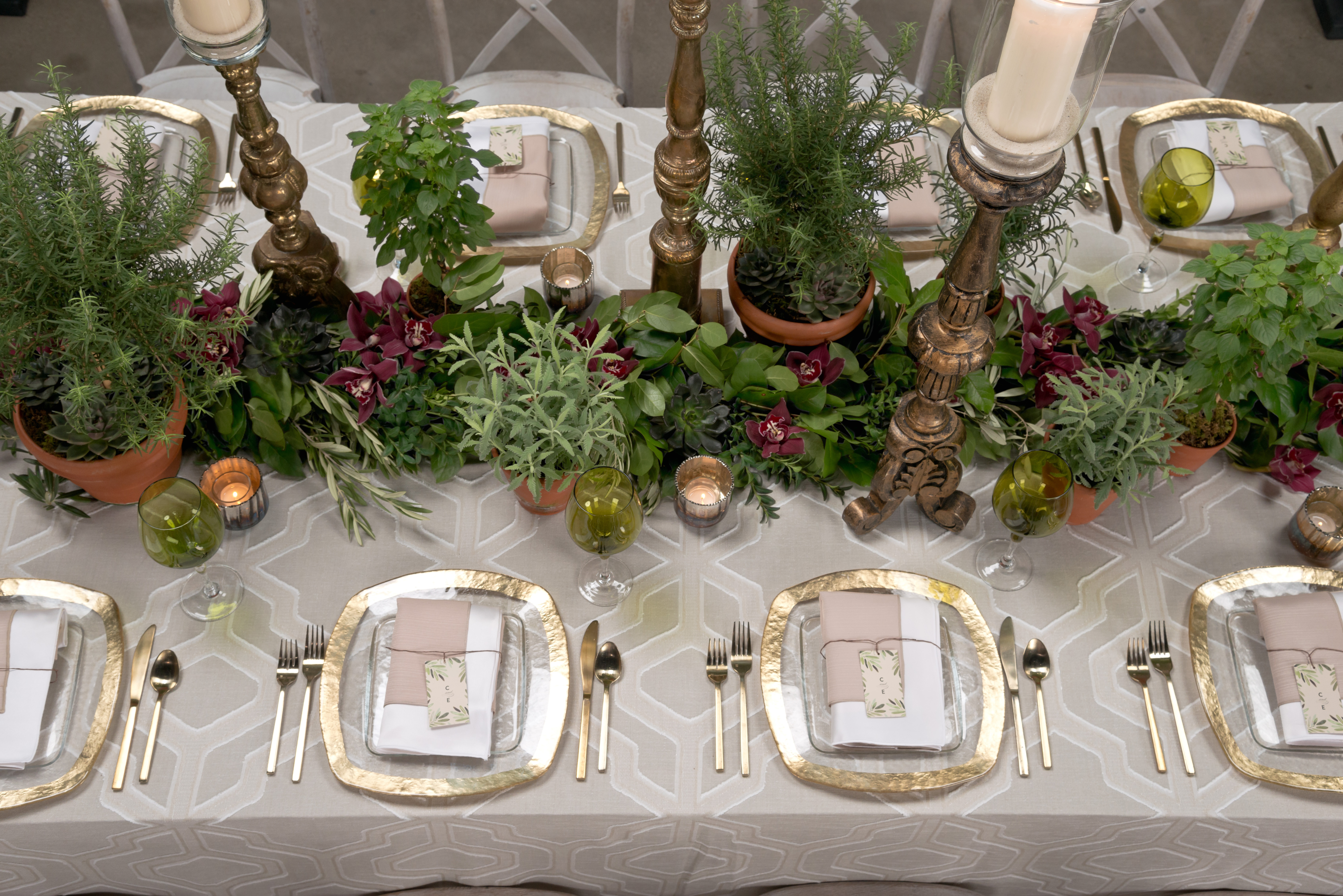 BBJ Linen Everlast Kehoe Collection - Sand Angelina Tablescape 2