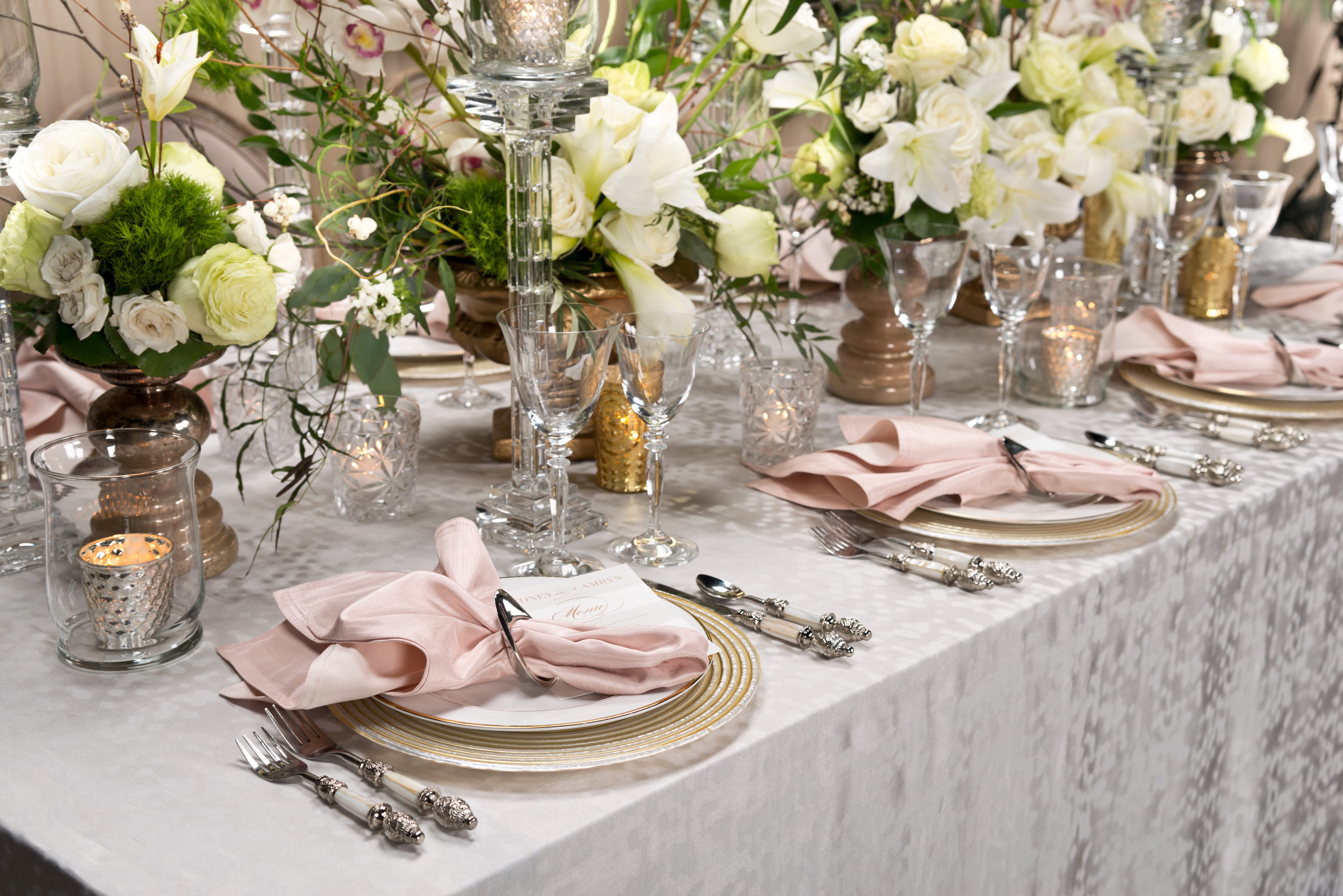 BBJ Linen Everlast Kehoe Collection - Silver Lexi Tablescape
