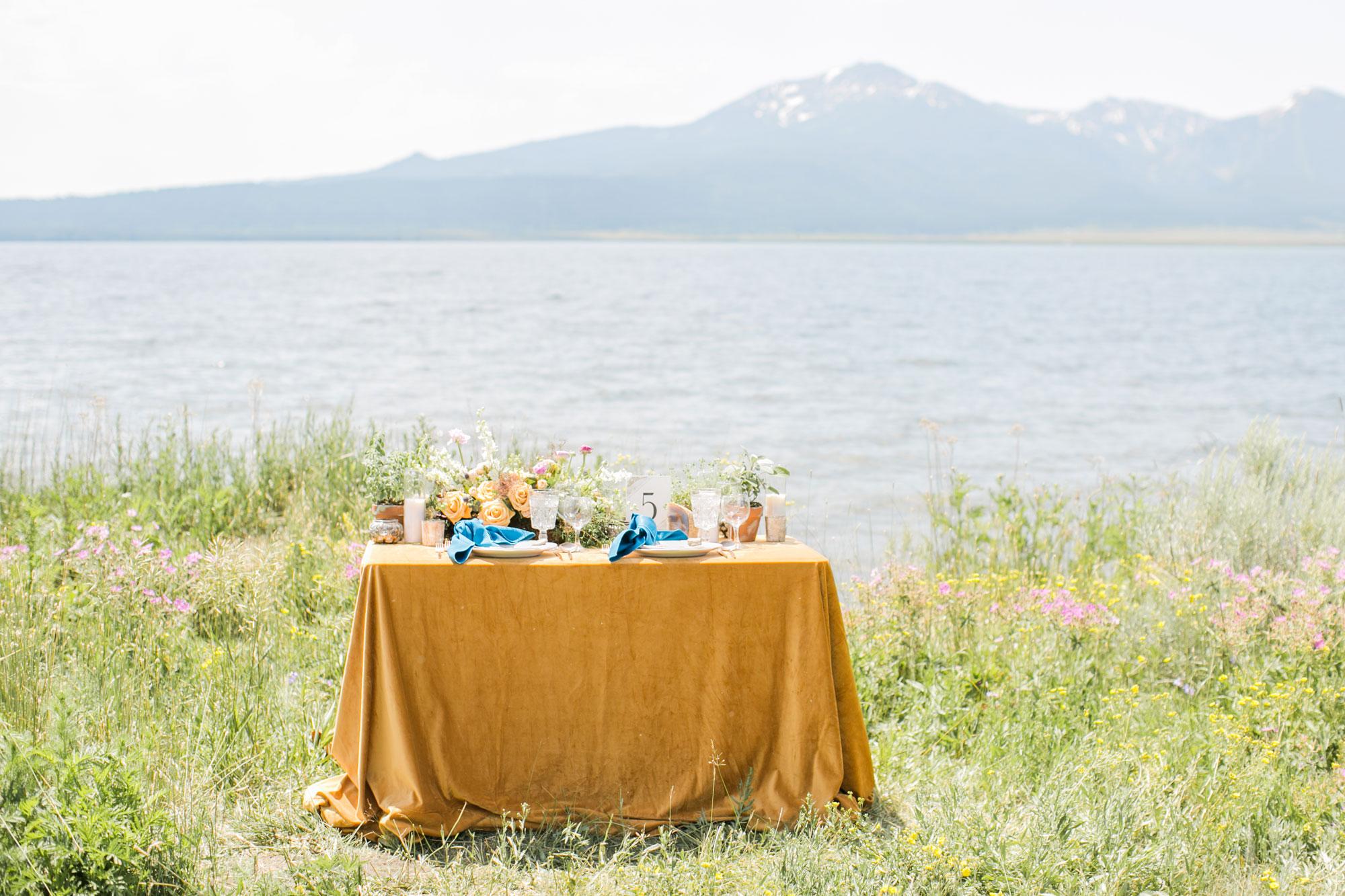 AlexisJuneWeddings_YellowstoneBridal-71_blog