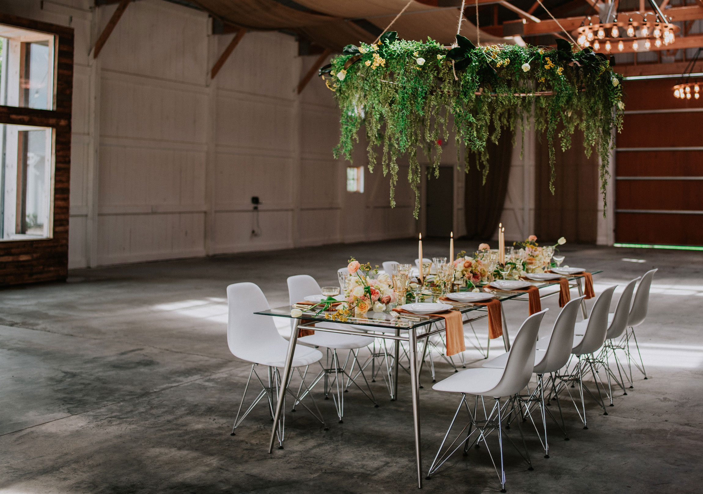 Boxed-&-Burlap-Style-Shoot-Large-View-Tablescape-1_blog-1