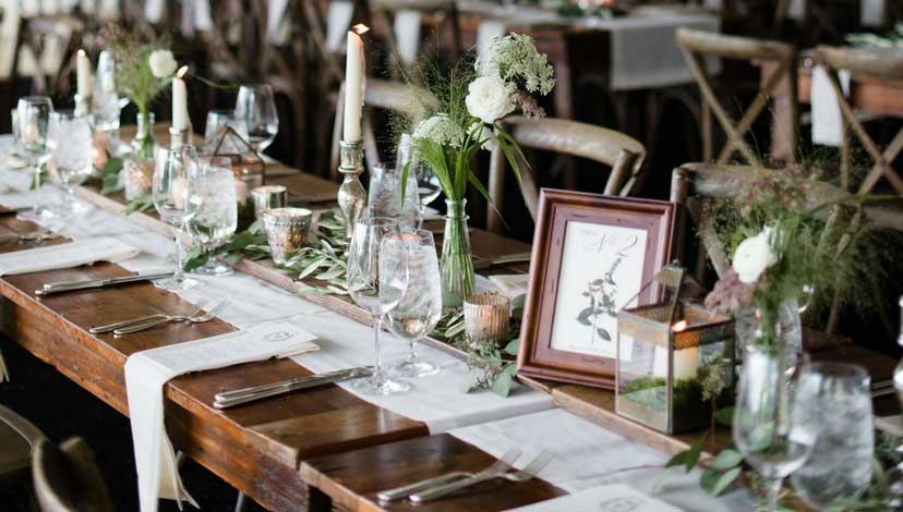 rustic-wedding-wooden-table