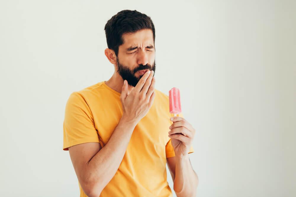 Dental-implants-reason