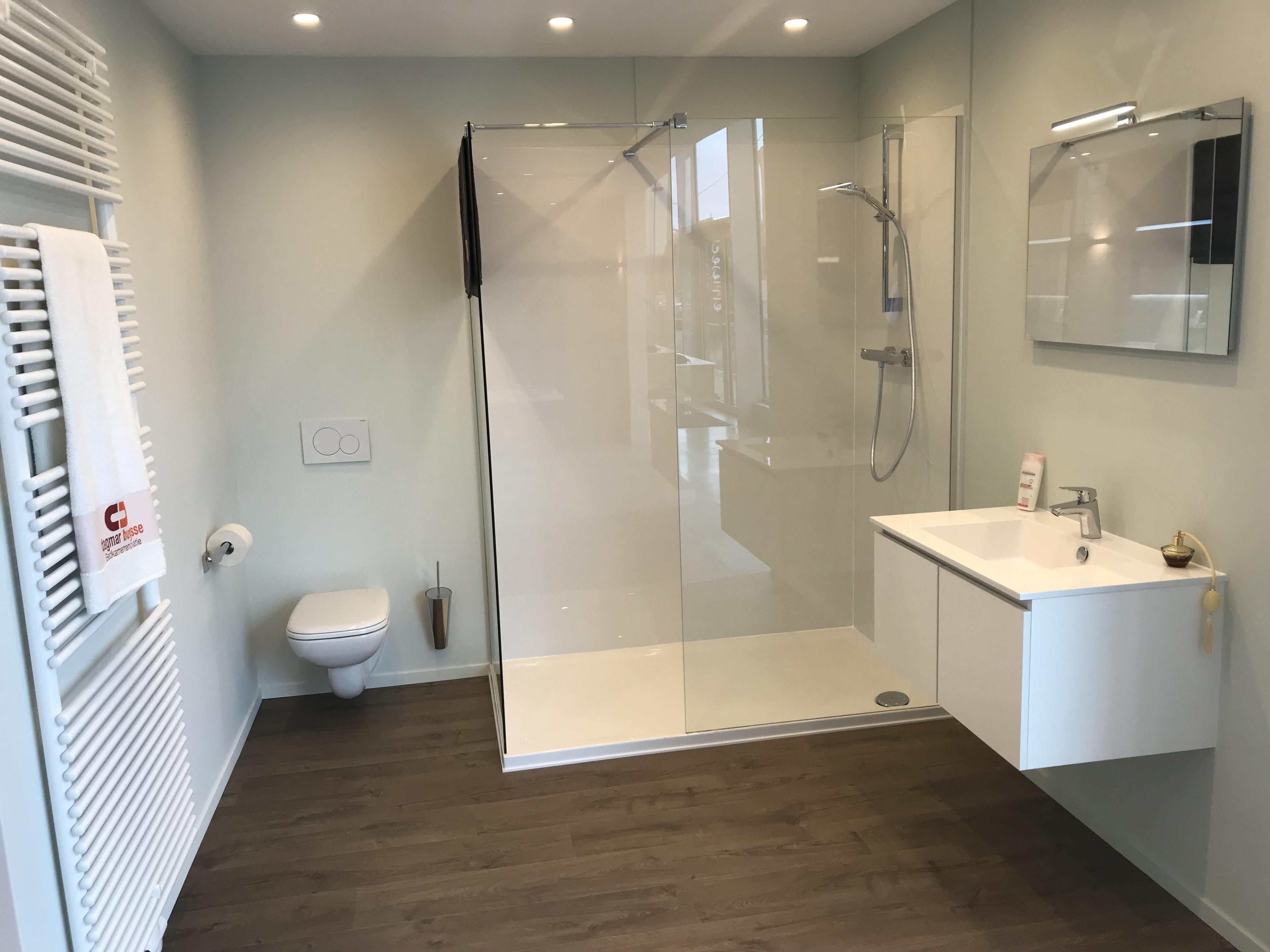 Een Goedkope Badkamer Zo Haal Je Het Maximum Uit Je Budget