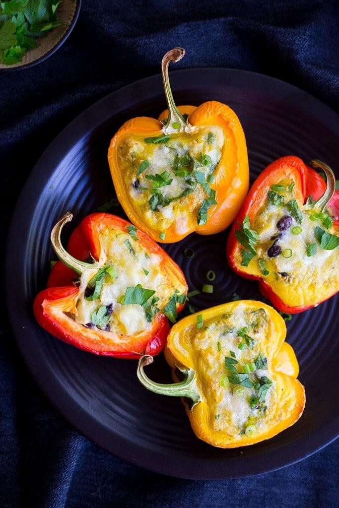 loaded breakfast stuffed peppers