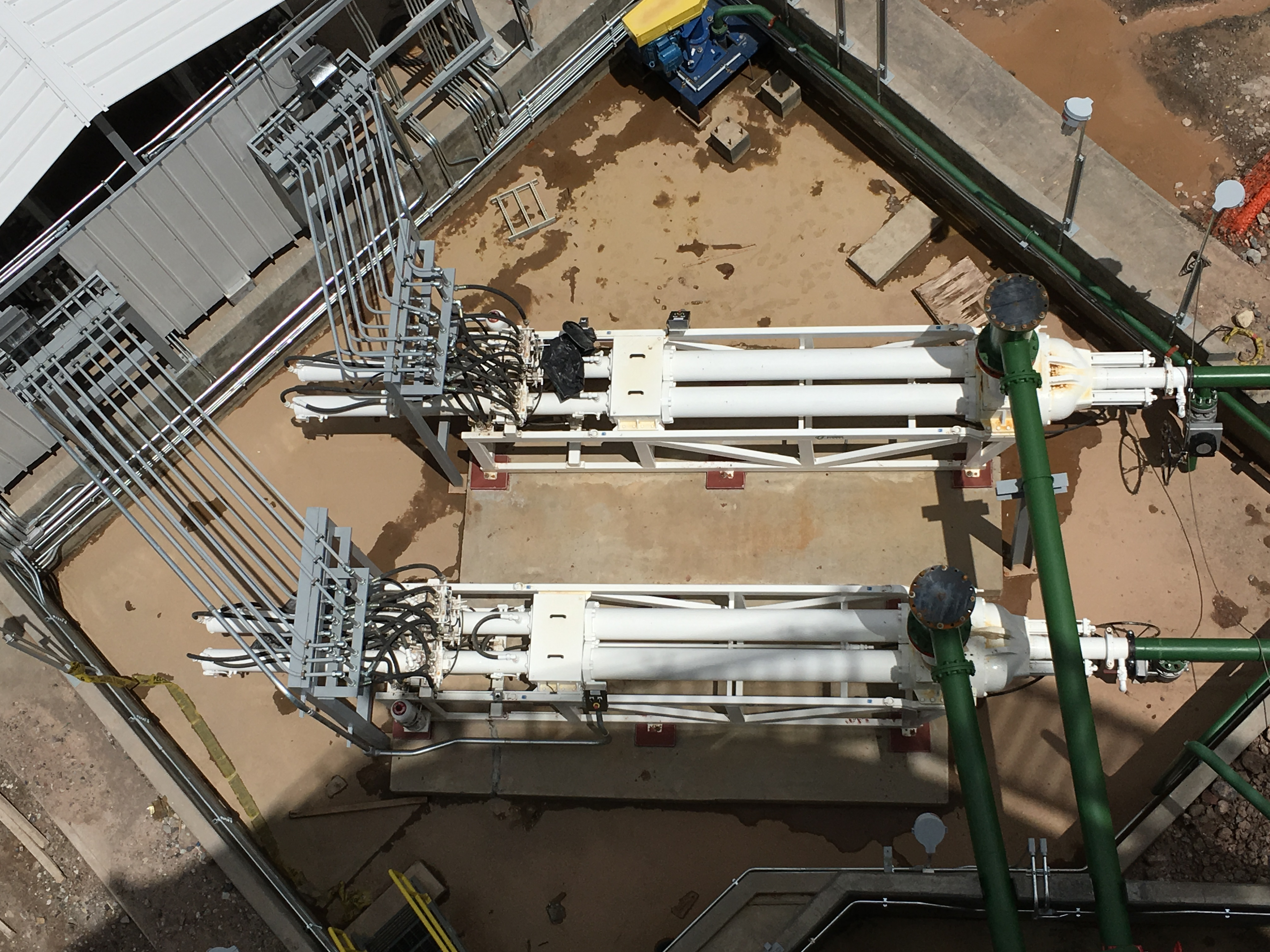 Rumichaca_mining pumps.jpg
