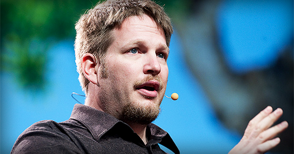 Chris Brogan says the Most Successful Small Businesses Do