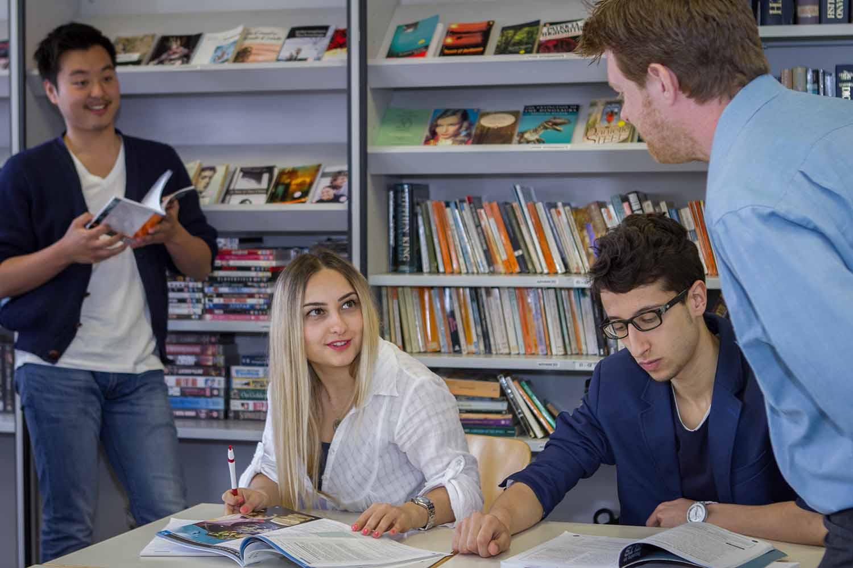 Brighton_School_Learning centre_Students_01_