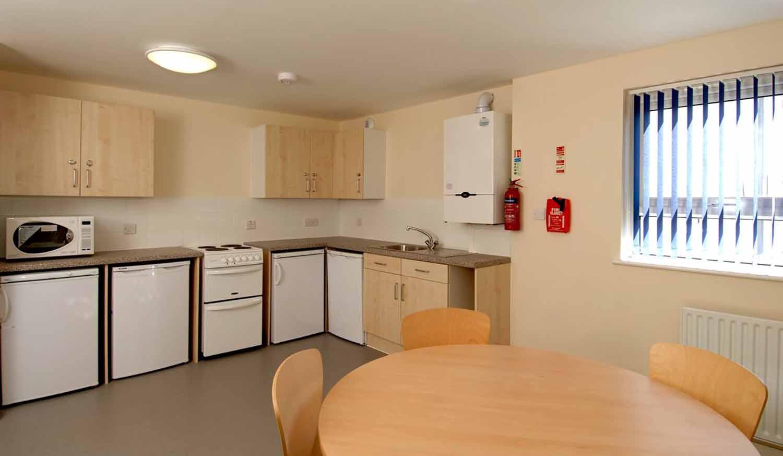 Cambridge_Acc_Sedley Court_Kitchen_01