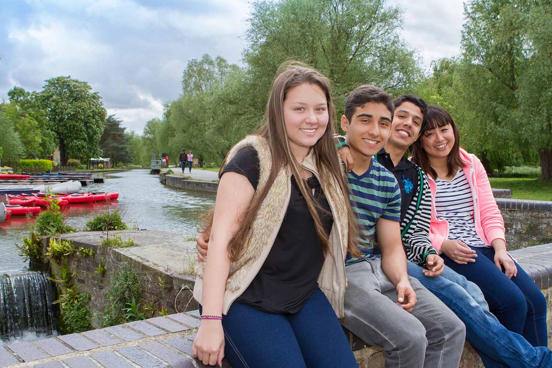 Cambridge_Students_Social Activities_03