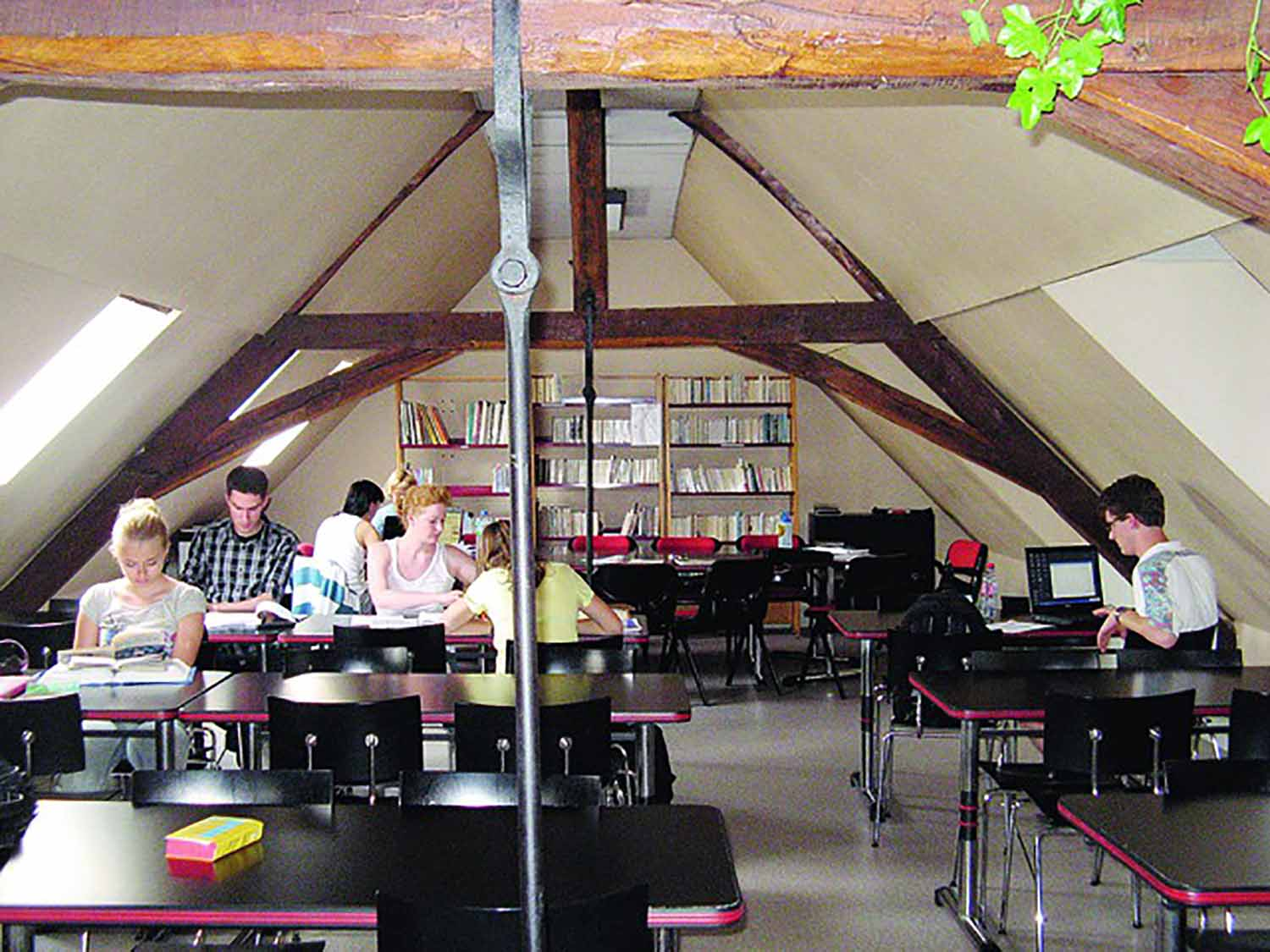 Amboise_School_Learning centre_02_Preview_large