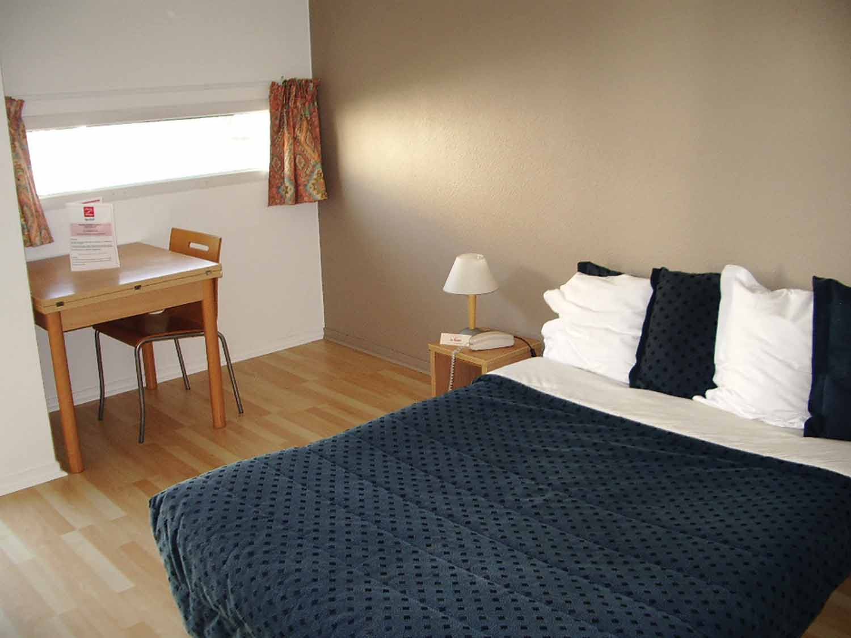 La Rochelle_Résidence_Les Minimes_Bedroom_02