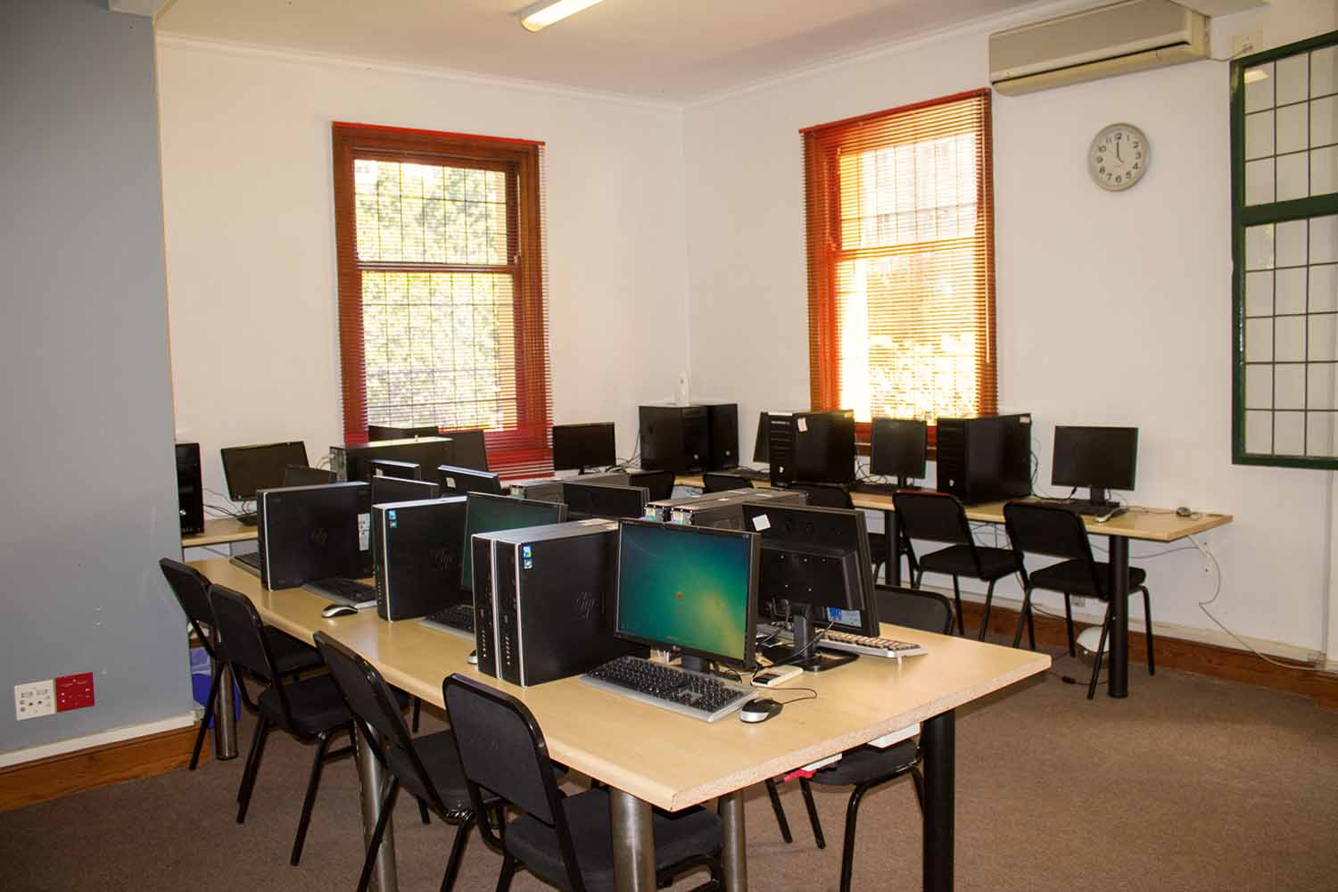 Cape Town_School_Computer Room_01