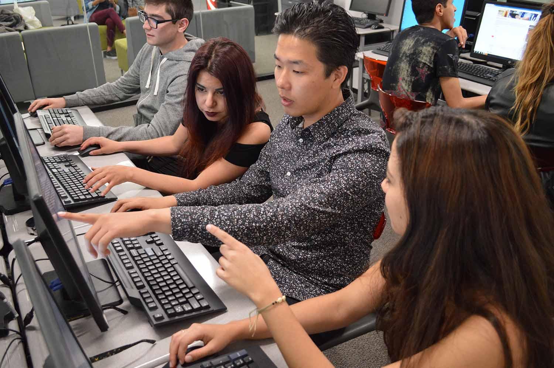 San Diego_School_Computer Room_Students_05