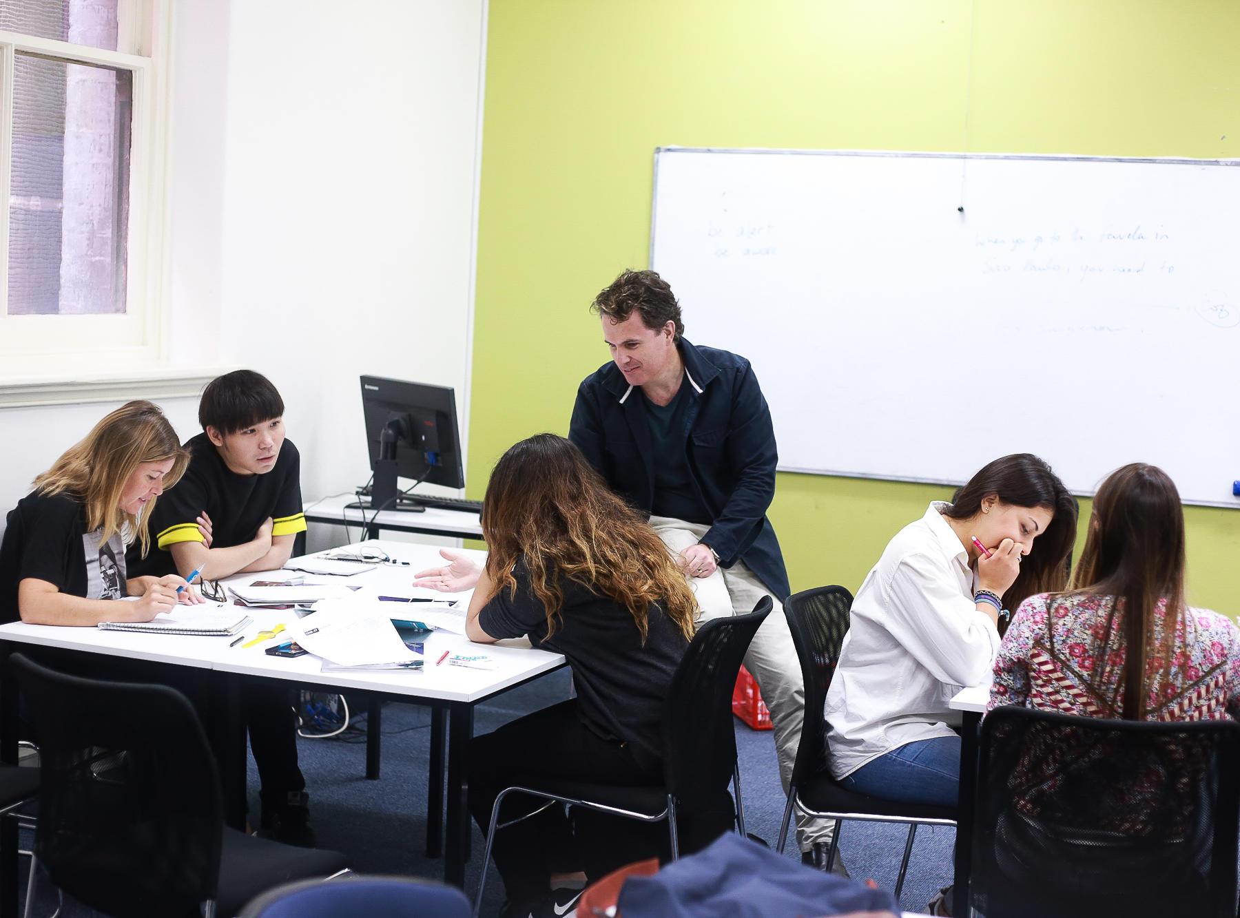 melbourne_school_classroom_students_05