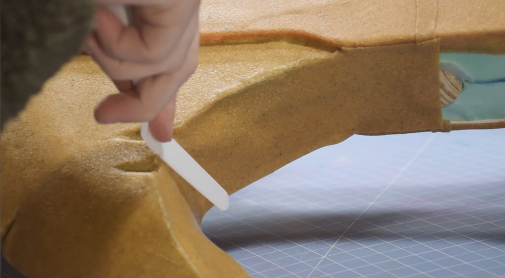 Sculpting thermoplastic with clay tool