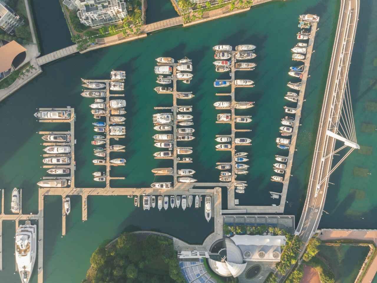 tiedolla johtaminen satama