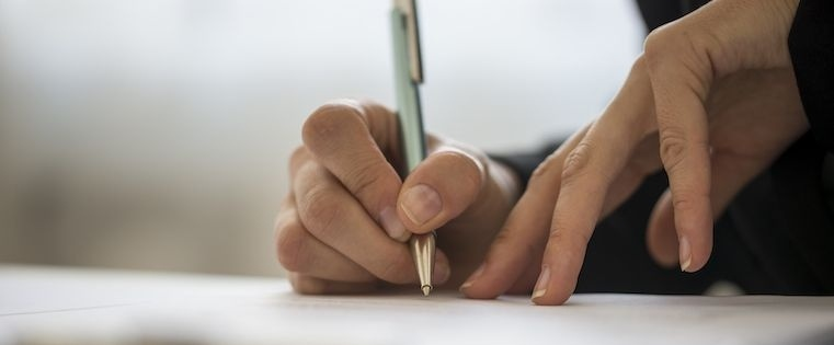 10 Ways to Win More Deals With E-Signature Technology