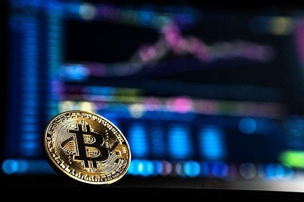btc la kraken usd angajamentul comercianților bitcoin